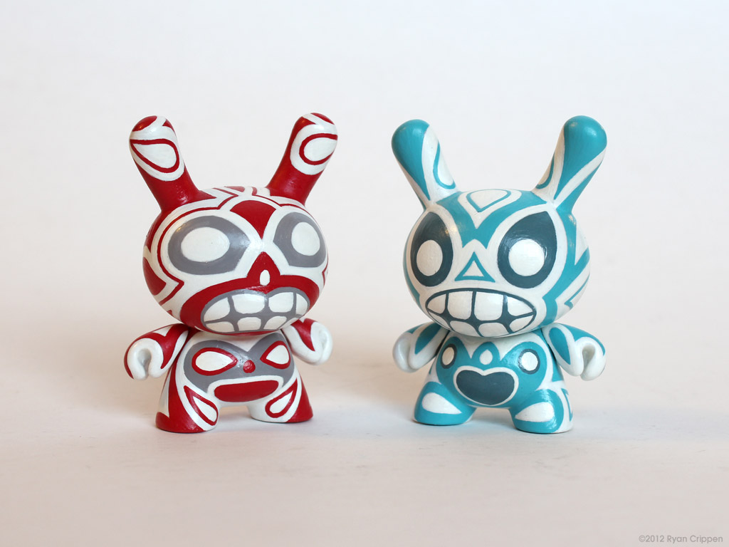 Gray-Eye Totem Dunny Pair