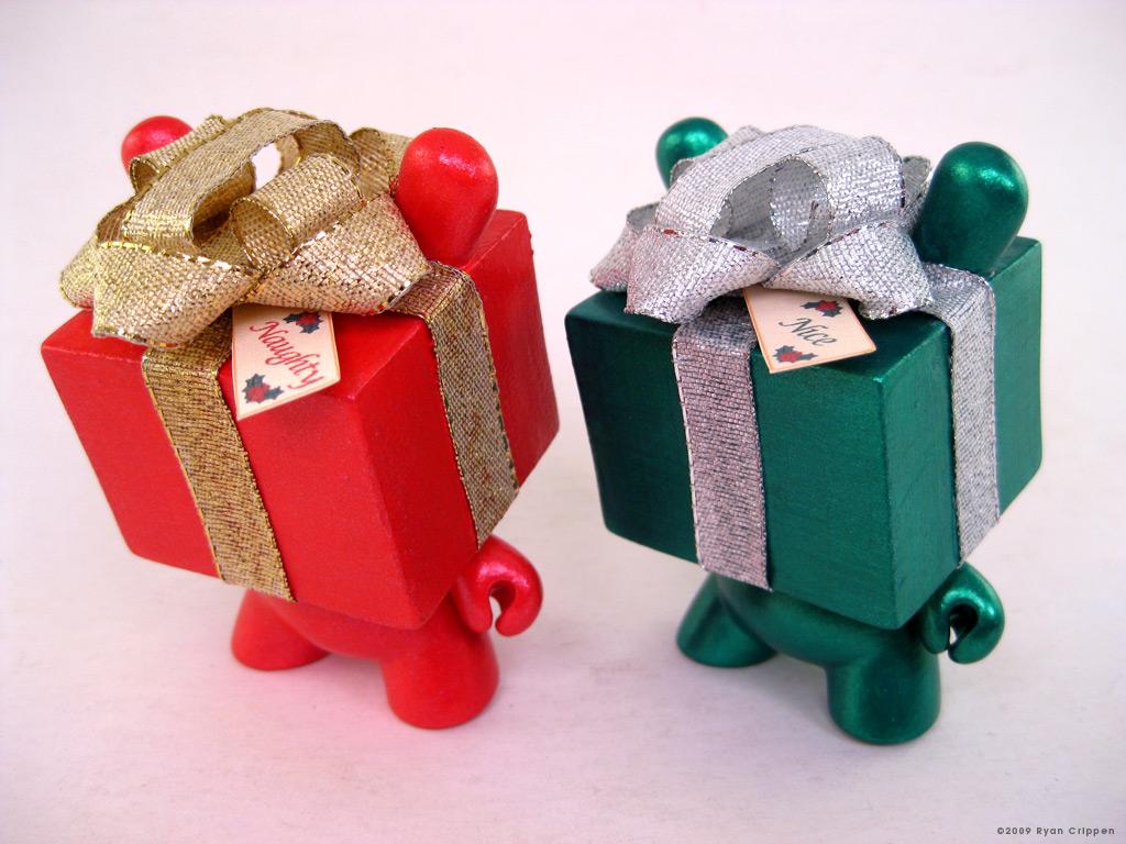 Naughty & Nice Gift Box Dunny Set