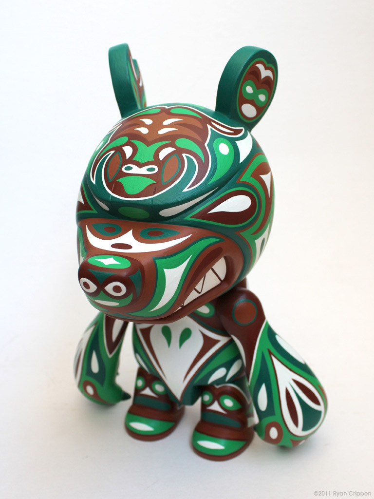 Totem Knuckle Bear